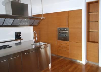 1 - Cucina anta legno su misura