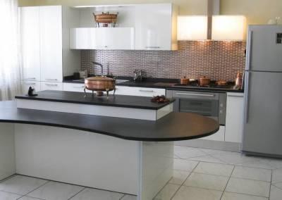 1 - Cucine ante lucide su misura