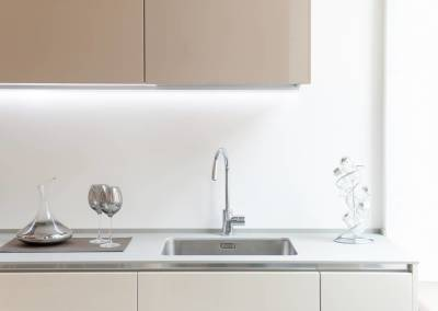 12 - Cucina anta lucida su misura