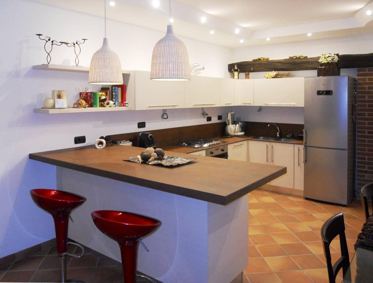 Cucine anta opaca | Cibi - Cucine, bagni, armadi e arredi su misura