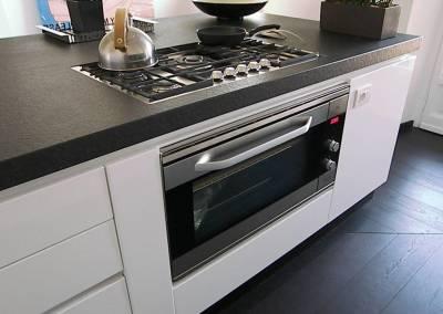 6 - Cucina ante lucide su misura