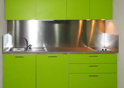 8 - Cucina anta lucida personalizzata