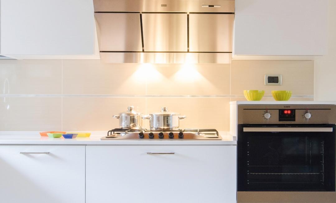 """Una cucina """"total-white"""""""